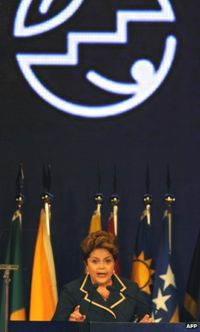 Dilma Rousseff speaking in Rio