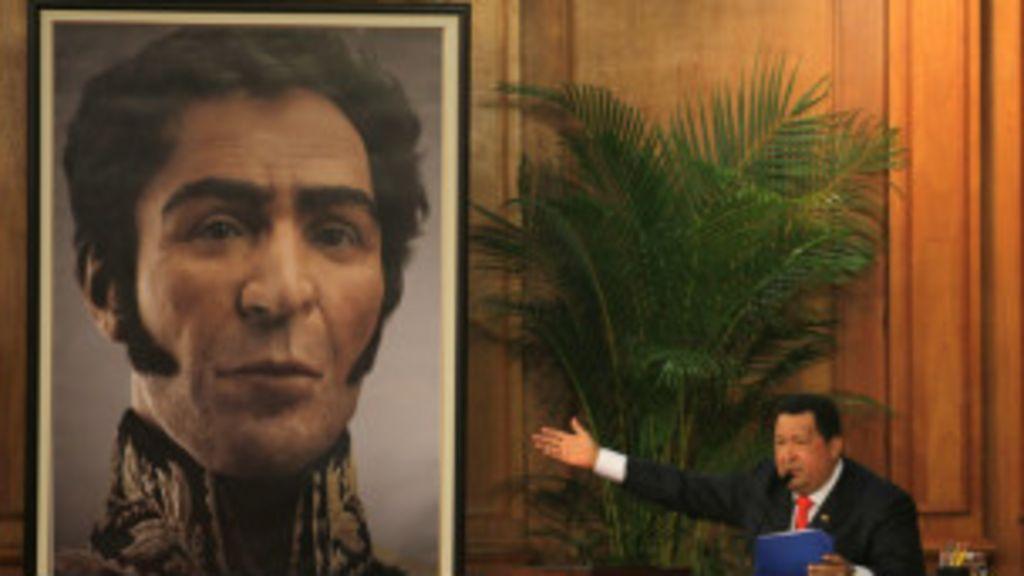 Tironeos por un mechón de pelo de Simón Bolívar - BBC Mundo