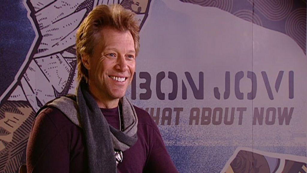 Jon Bon Jovi encara idade com bom humor - BBC Brasil