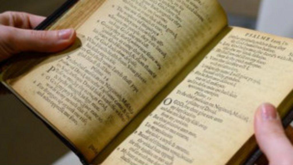 Livro mais caro do mundo é vendido por R$ 32,6 milhões - BBC Brasil