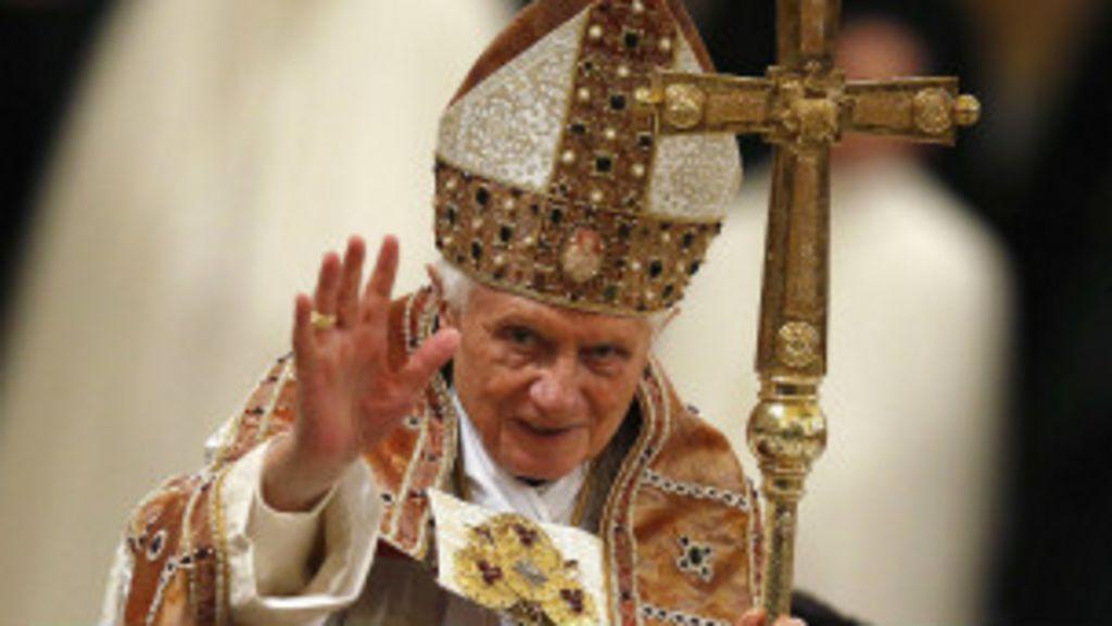 Por que o papa Bento 16 renunciou? - BBC Brasil