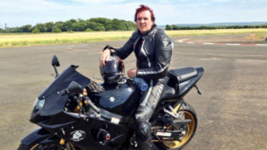 Motorista cego bate recorde mundial de velocidade em moto - BBC ...