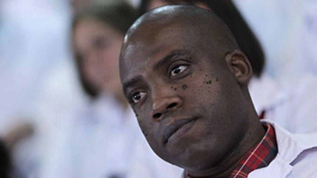 ¿Esclavitud o xenofobia? La polémica llegada de médicos cubanos ...