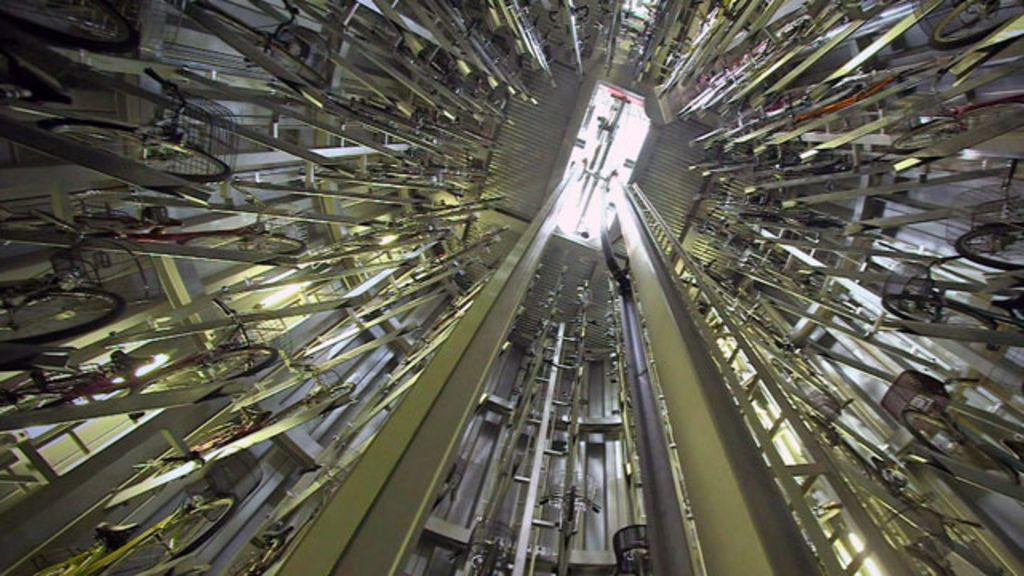 Tóquio tem estacionamento subterrâneo automatizado para bicicletas