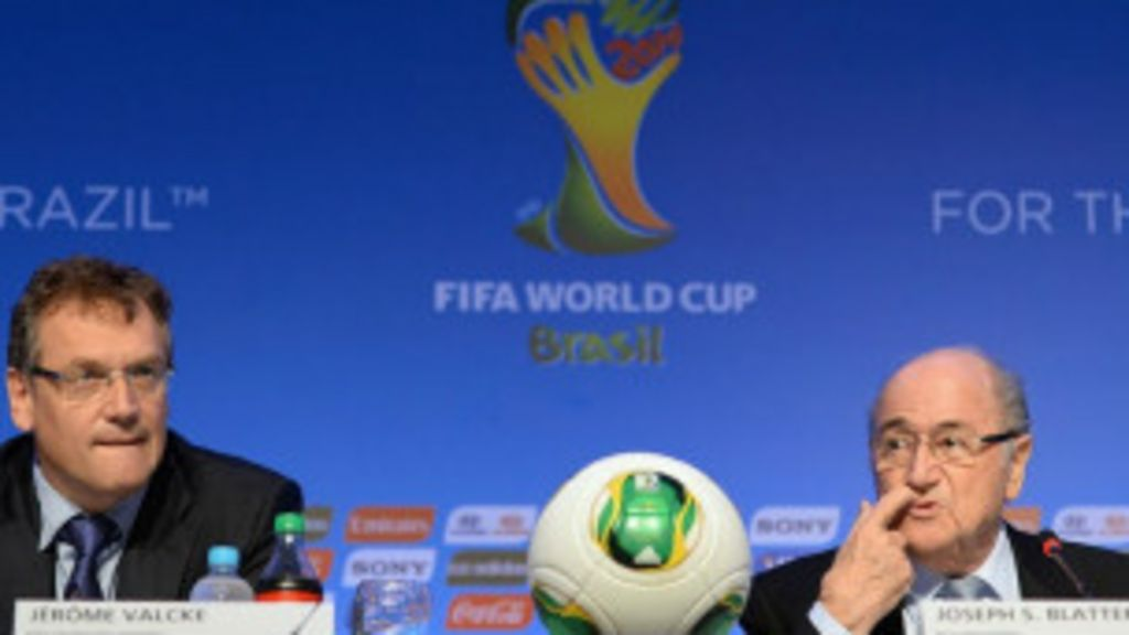Fifa muda critério de sorteio e confirma atrasos na Copa - BBC Brasil