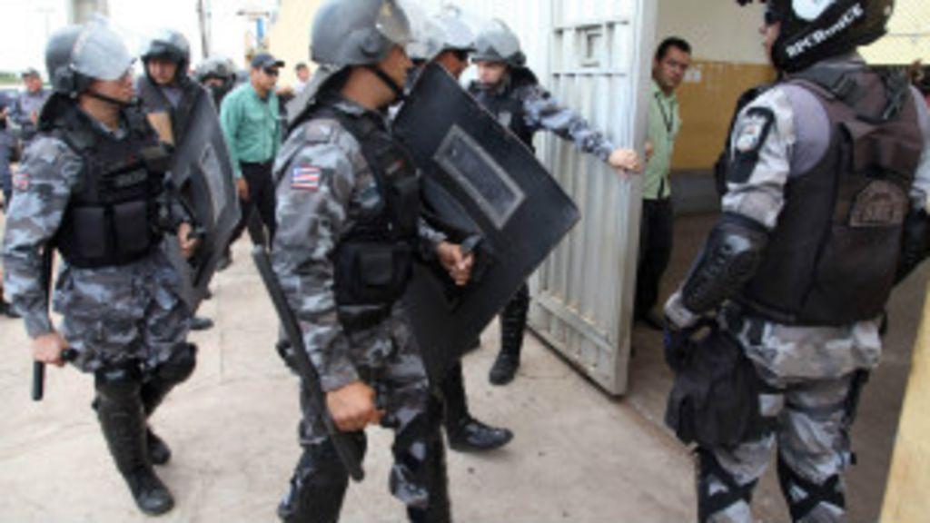 Para EUA, prisões lotadas e abuso policial ameaçam direitos ...
