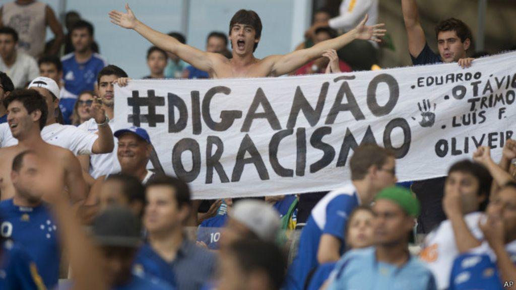No ano da Copa, racismo é mais um 'fantasma' no futebol brasileiro ...
