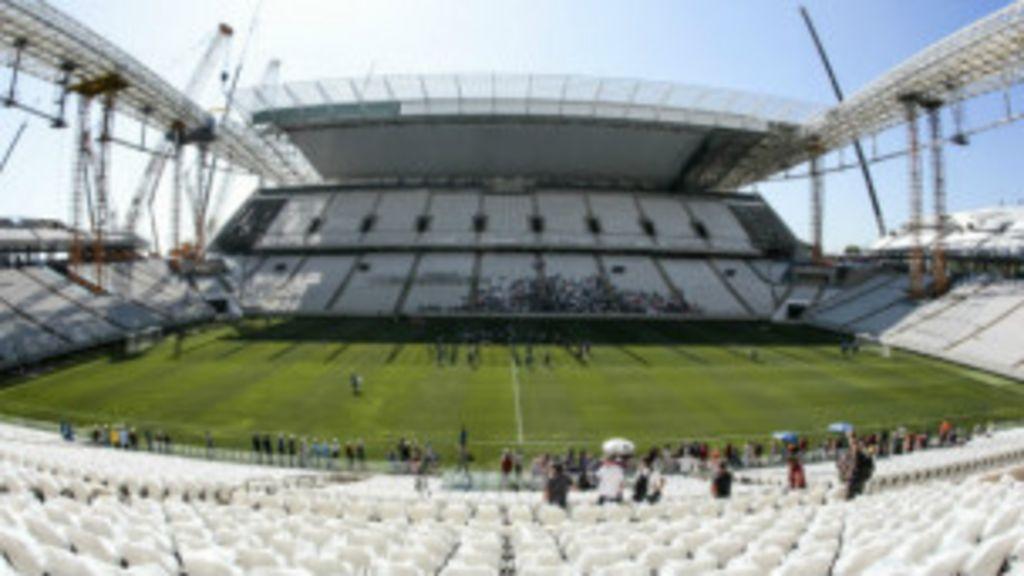 Queda no Itaquerão eleva a 8 número de mortes em estádios da Copa