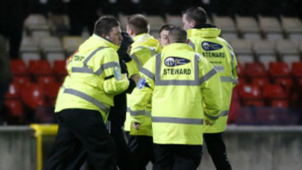Copa: só 20% do efetivo necessário para segurança nos estádios ...