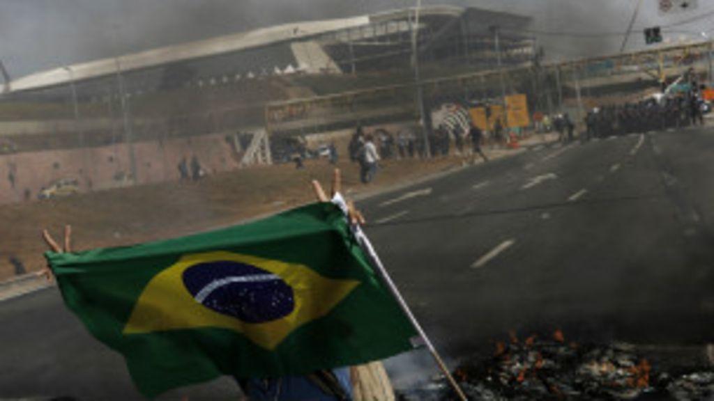 Dia da abertura da Copa tem protestos marcados no Brasil e no ...