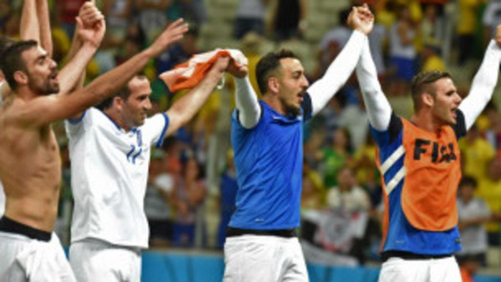 Uruguai elimina Itália da Copa; Grécia passa às oitavas de final ...