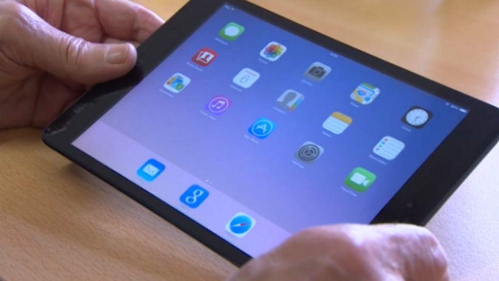 BBC Click: Clube inglês proíbe tablets e laptops dentro do estádio ...