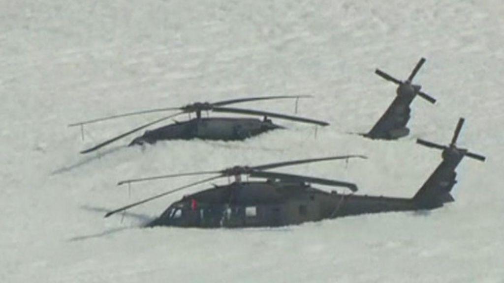 Teste de incêndio dá errado e helicópteros acabam cobertos por ...