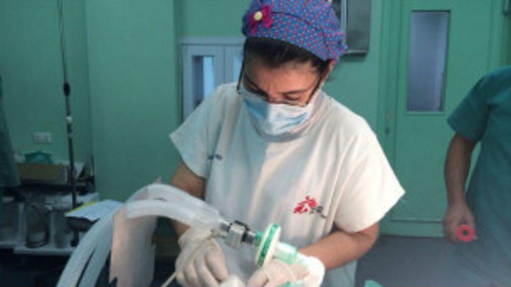 'Chorava escondido para pacientes não verem', diz médica ...