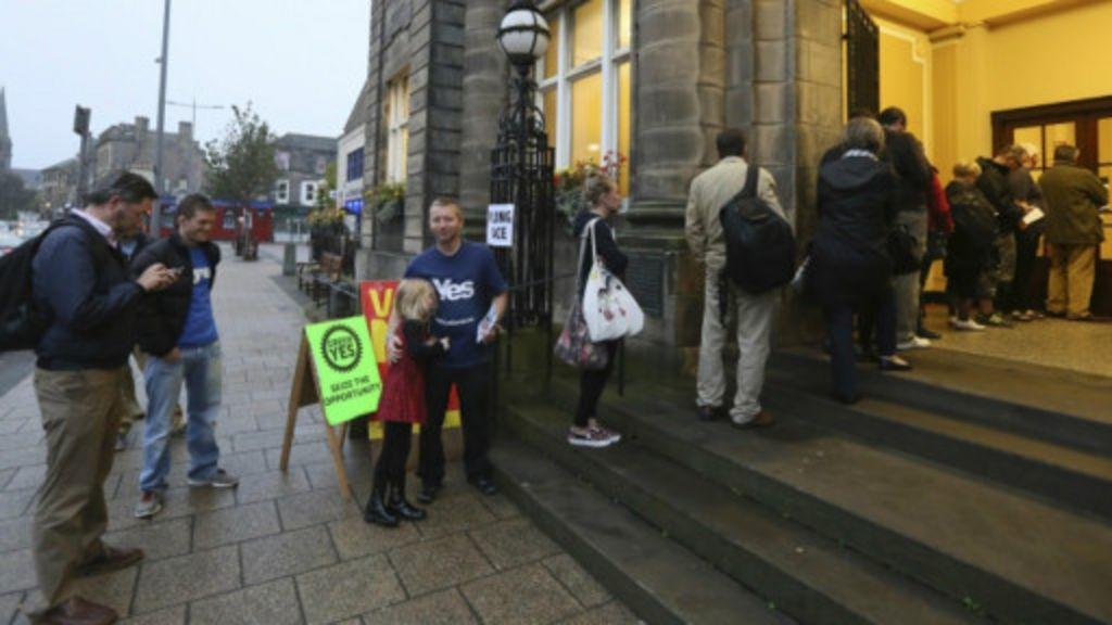 Escoceses votam independência; resultado sai na sexta - BBC Brasil