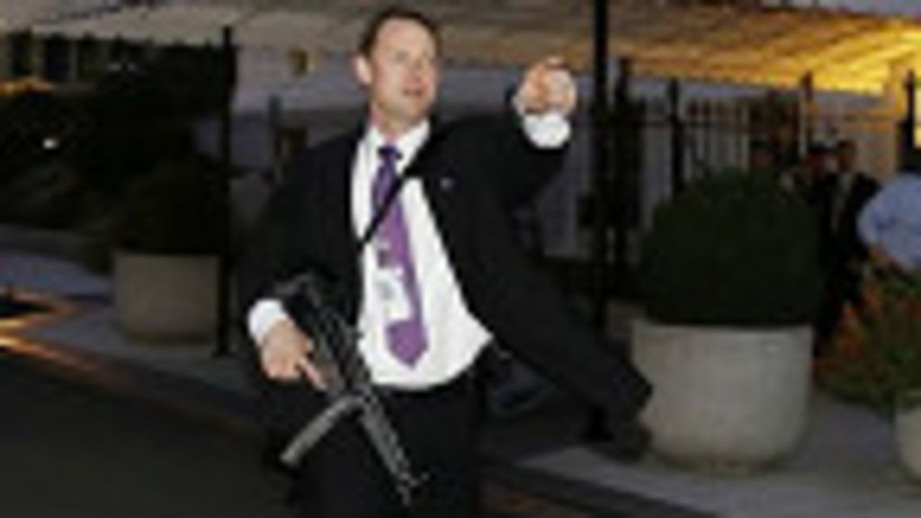Intruso dispara alarmas en la Casa Blanca - BBC Mundo