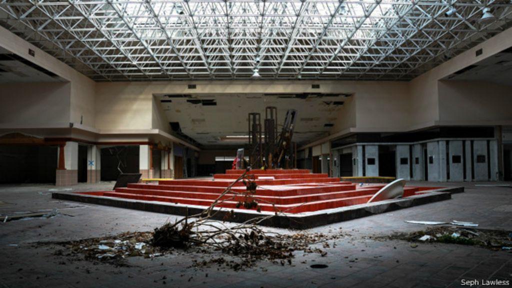 Fotógrafo capta melancolia de shoppings abandonados nos EUA ...