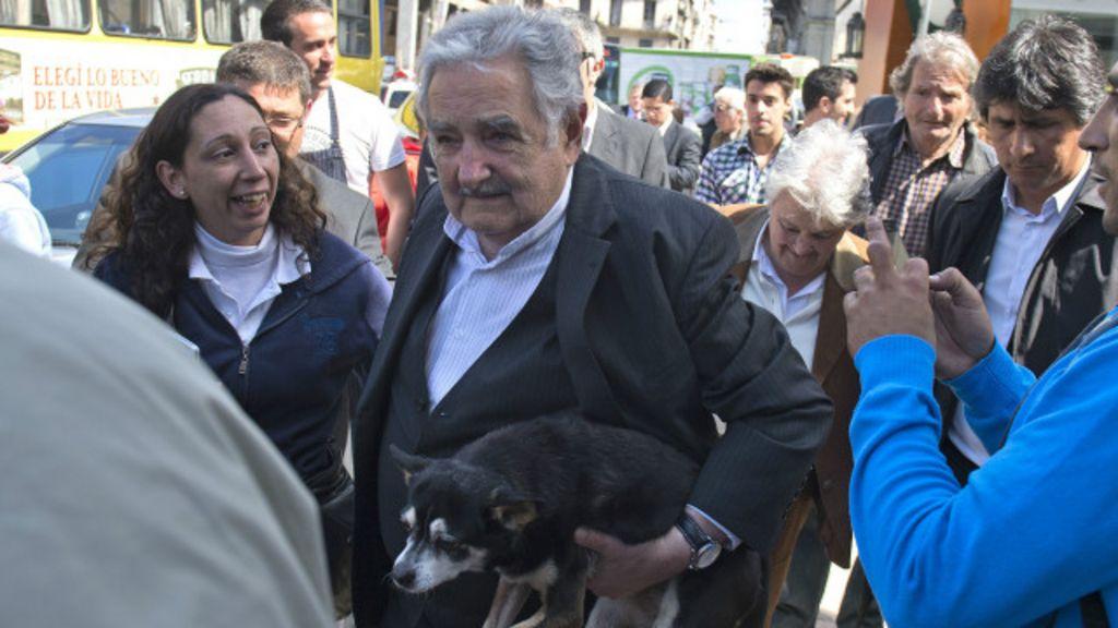Uruguai vai às urnas com 'cenário brasileiro' - BBC Brasil