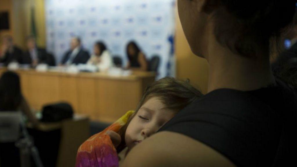 Agência quer obrigar planos de saúde a divulgar taxa de cesárea ...