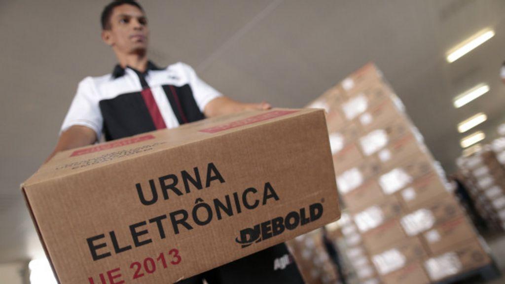 Entenda a segurança das urnas das eleições - BBC Brasil