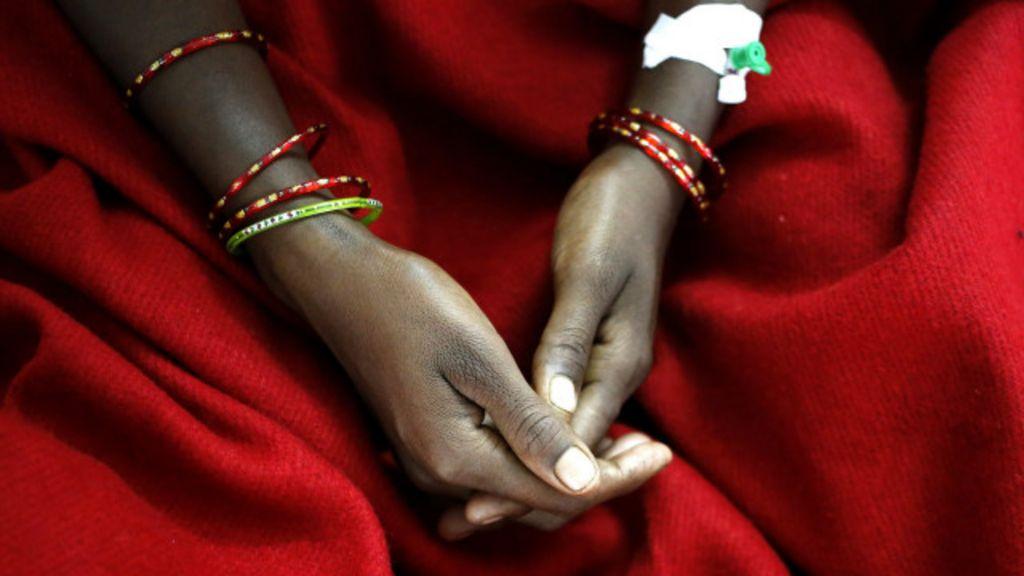 Três irmãs e três destinos: esterilizações em massa na Índia matam 15