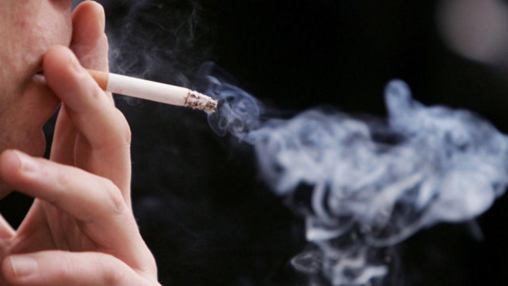 """""""Tosse de fumante"""" pode esconder doença grave, alertam médicos ..."""