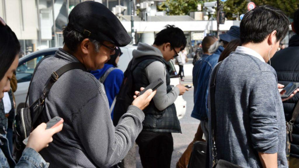 Oito novas maneiras de usar o celular - BBC Brasil