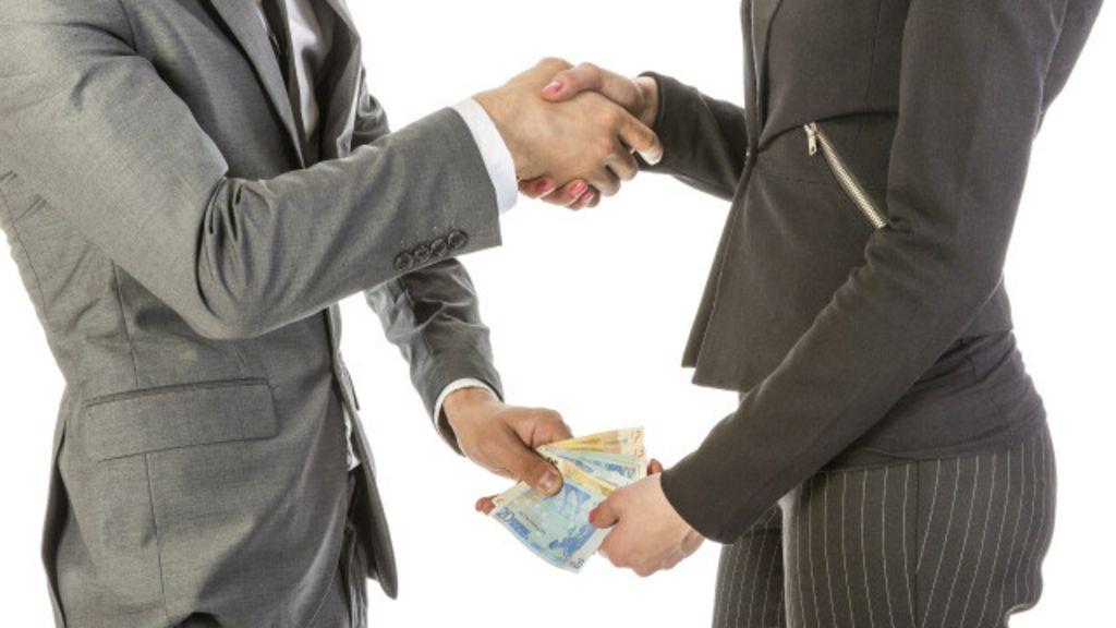 Em ano de escândalos, Brasil melhora em ranking de corrupção ...