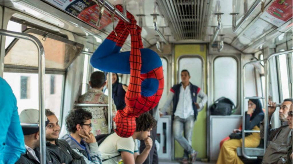 Fotógrafo usa Homem- Aranha para mostrar dificuldades da vida no ...