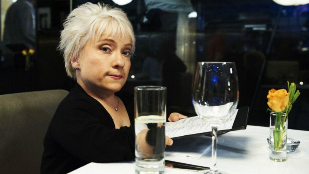 Balcão alto demais vale indenização para atriz na Grã-Bretanha ...
