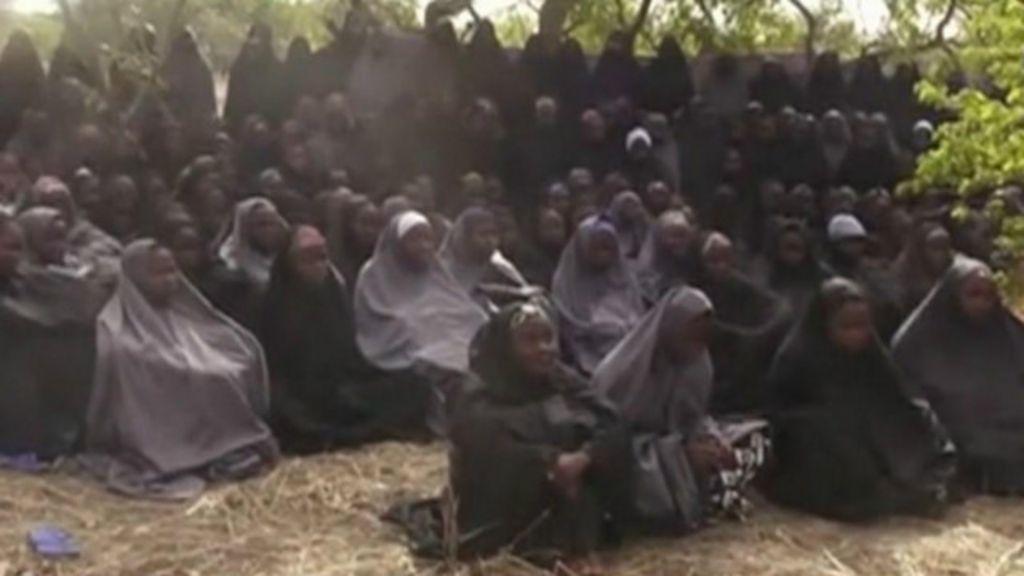 O que aconteceu com as jovens sequestradas pelo Boko Haram ...