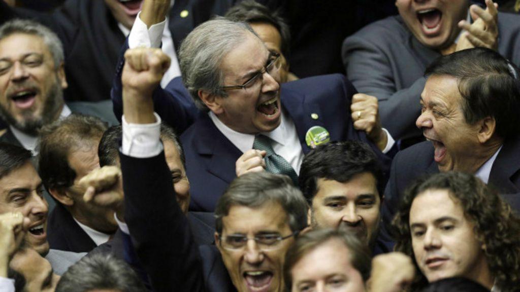 Cunha é eleito na Câmara, e governo sofre derrota - BBC Brasil
