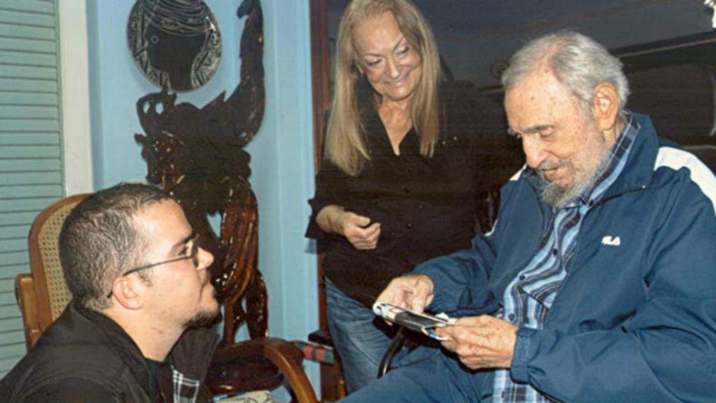 Cuba divulga primeiras fotos de Fidel Castro em 6 meses - BBC Brasil