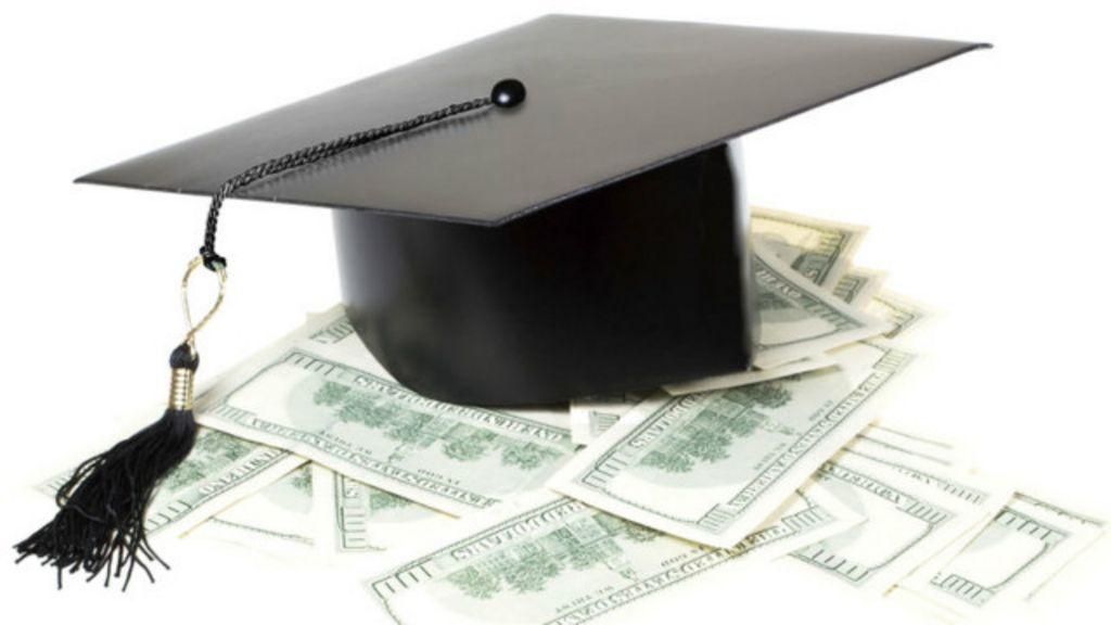 Por que as universidades custam tão caro nos EUA? - BBC Brasil