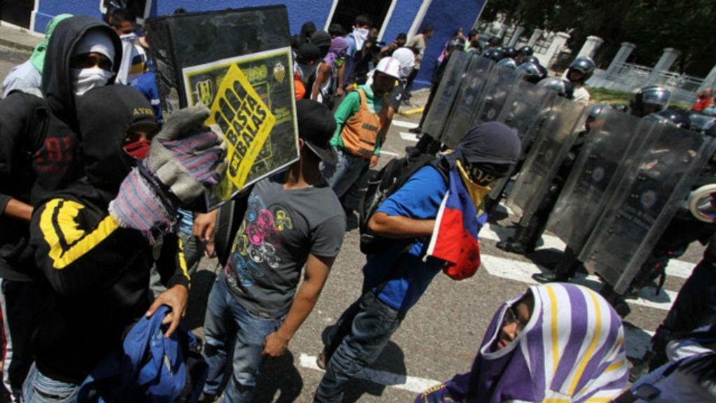 Estudante é morto na Venezuela em protesto contra Maduro - BBC ...