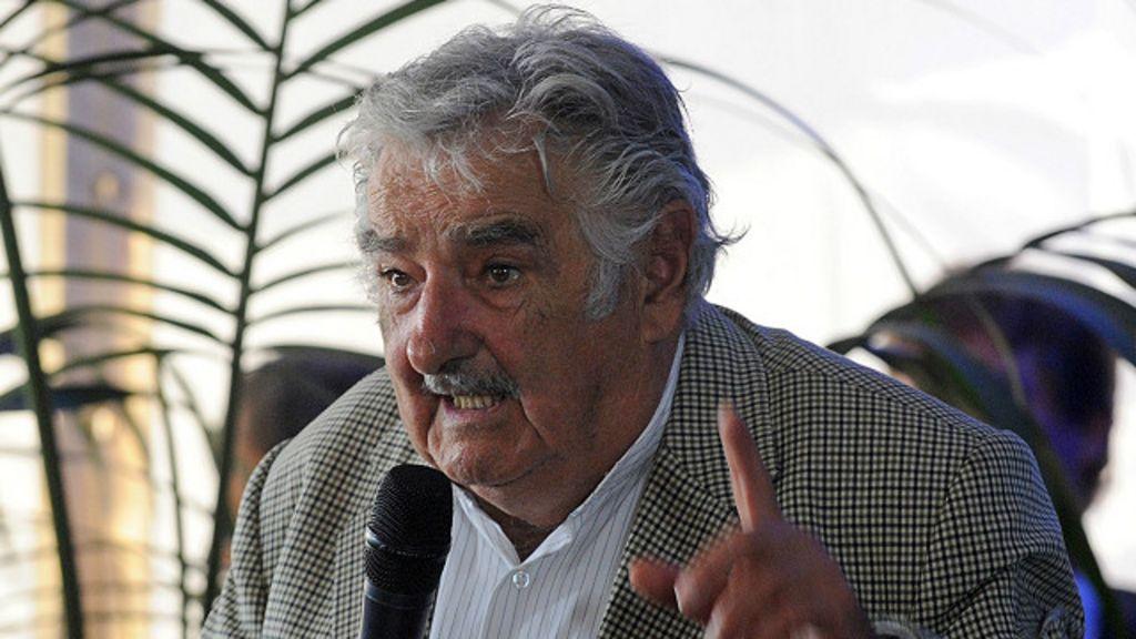Mujica deixa poder no Uruguai; veja dez frases marcantes - BBC ...