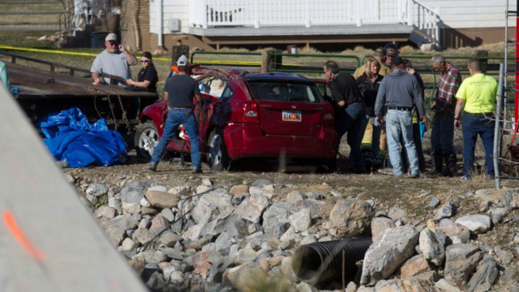 Bebê é retirada viva de carro semi-submerso 14 horas após acidente