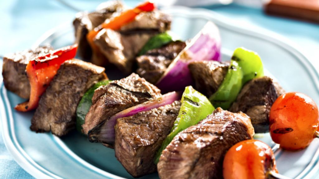 Cerco ao churrasco? Estudo propõe 'cortar na carne' contra ...