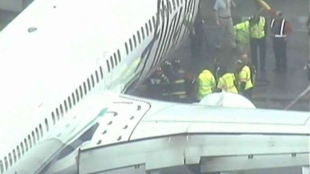 Avião faz pouso de emergência nos EUA após alerta de funcionário ...