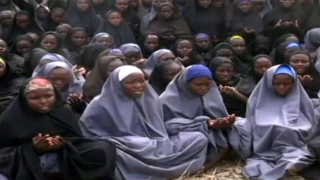 Cinco questões sobre as meninas nigerianas sequestradas - BBC ...