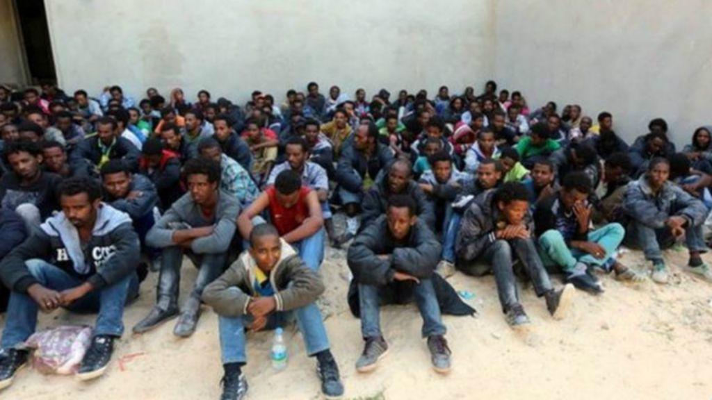 Quem são os traficantes de imigrantes do Mediterrâneo? - BBC Brasil