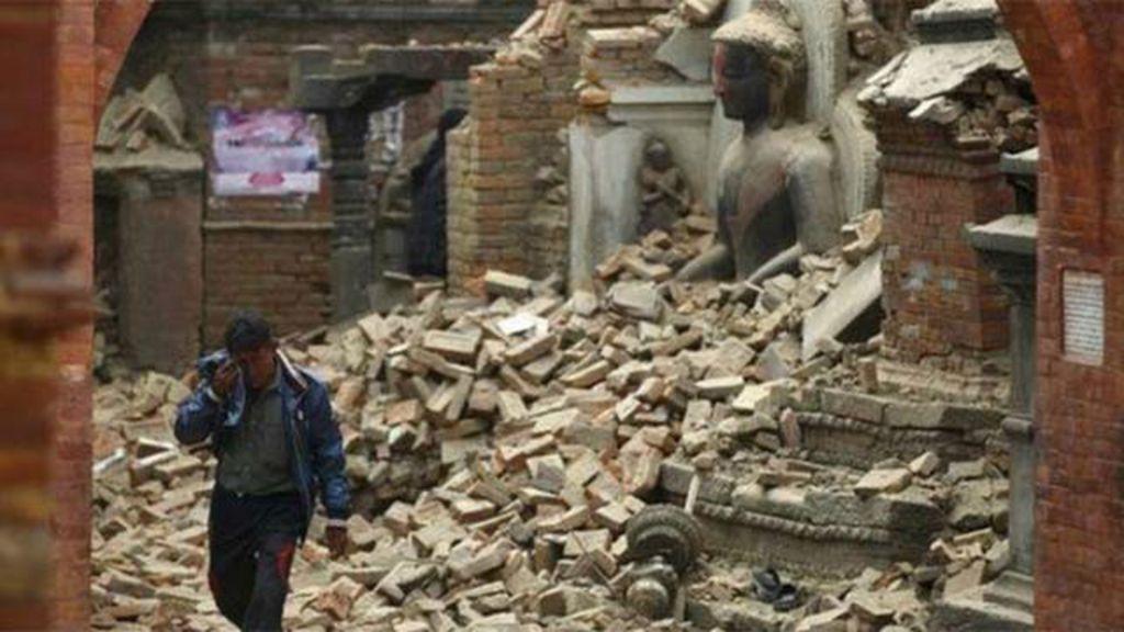 Terremoto no Nepal deixa patrimônio histórico destruído; veja antes ...