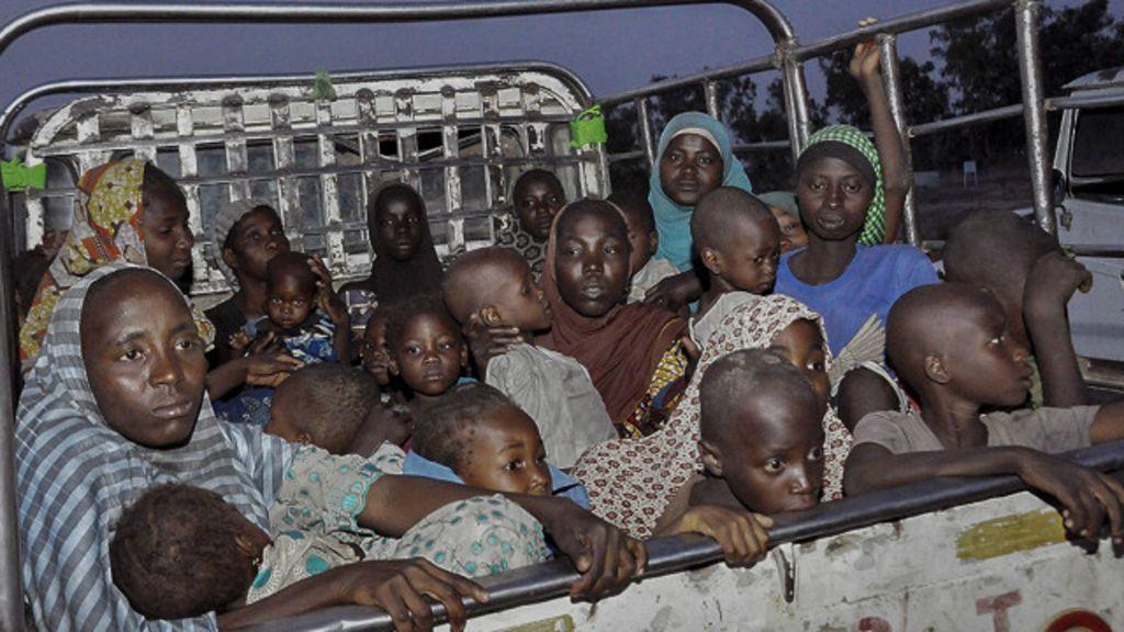 'Esperávamos a morte todos os dias', diz refém do Boko Haram ...