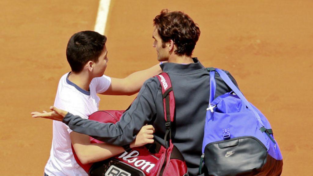 El enfado de Federer por el intruso que le pidió una selfie - BBC ...