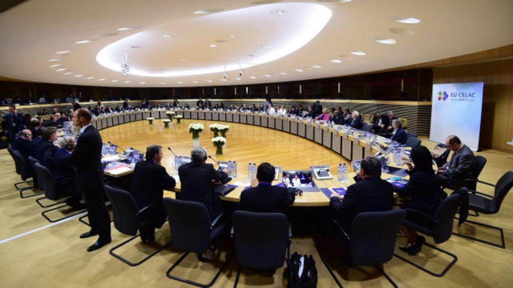 Em cúpula, UE tenta abrir caminho para acordo 'ambicioso' com ...