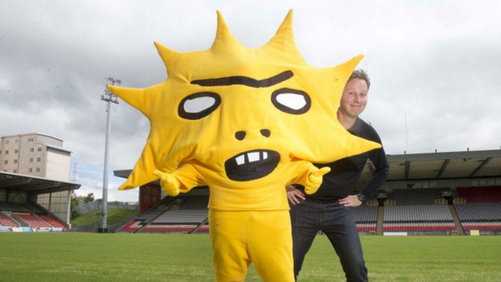 Mascote 'assustador' ajuda a viralizar time desconhecido escocês ...