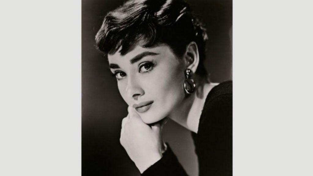 Mostra em Londres revela passado de fome da ícone Audrey Hepburn