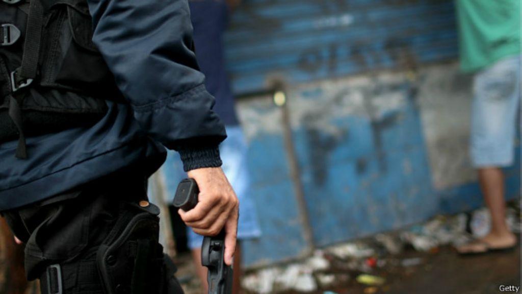 Pesquisas mostram avanço de suicídio entre policiais brasileiros ...