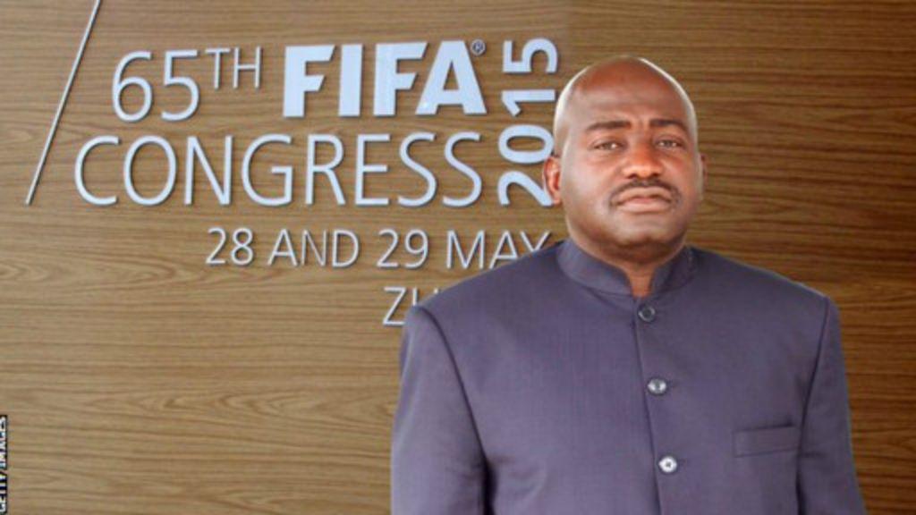 Fifa ta hana Musa Bility yin takara - BBC Hausa