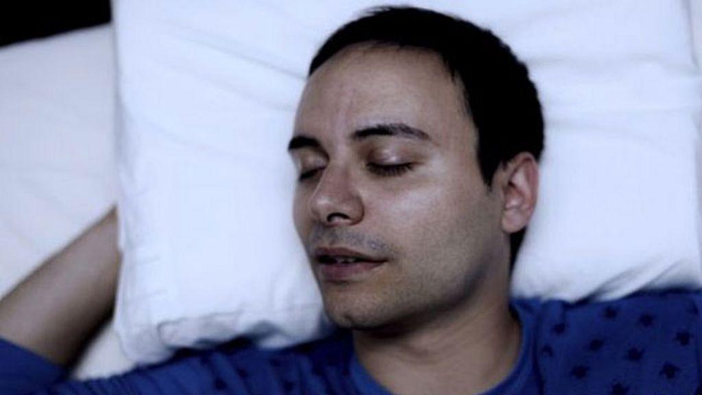 Movimento dos olhos durante o sono 'muda cenário' dos sonhos, diz ...